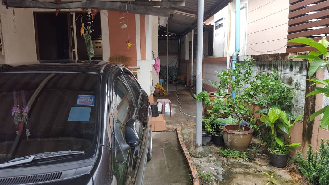 Single storey house for sale, Ban Bueng District, Chonburi, good location, easy access
