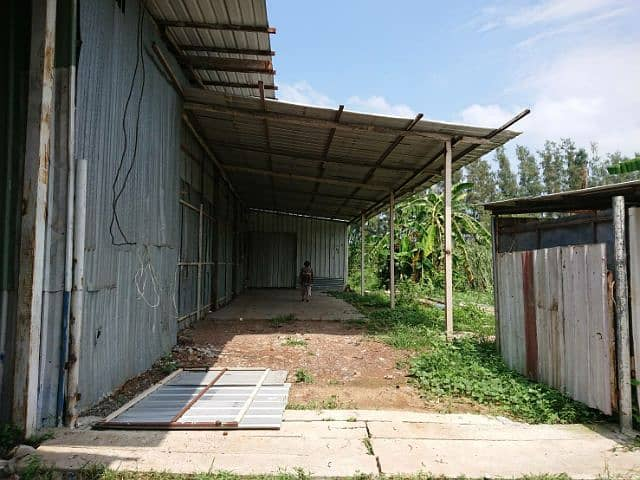 Warehouse space for rent, about 200 sq m.