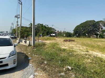 Land for Rent in Bang Bua Thong, Nonthaburi - Land for rent on the main road, Chaiyapruek Road, Nonthaburi