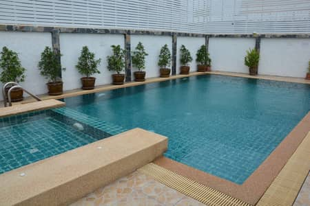 Hotel for Sale in Hua Hin, Prachuapkhirikhan - Hua Hin Hotel for sale, 200 square meters, 185 baht, a 7-storey building