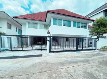 4 Bedroom Home for Rent in Wang Thonglang, Bangkok - Single House for sale Than Thip Town In Town.