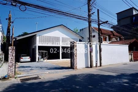 Factory for Sale in Phra Khanong, Bangkok - Land + Warehouse 133 sq. w. , Soi Pridi Banomyong 14, 26 Sukhumvit Road
