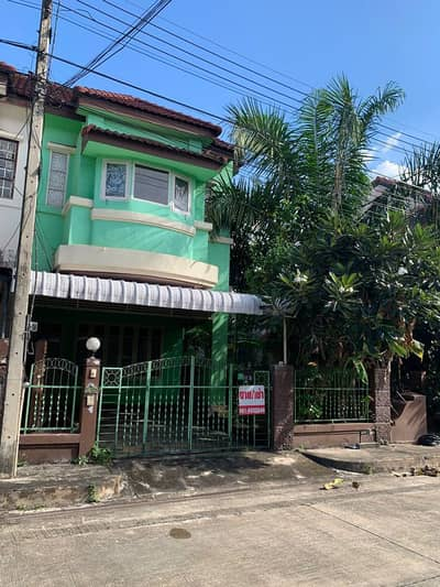 2 Bedroom Townhouse for Sale in Mueang Chiang Mai, Chiangmai - Townhouse for sale