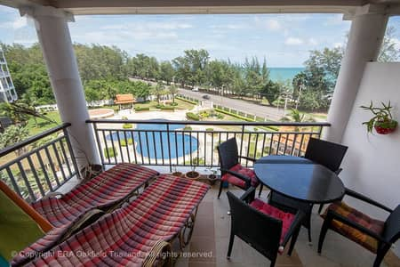 3 bedroom condo with large balcony a seaview at Mae Phim Beach