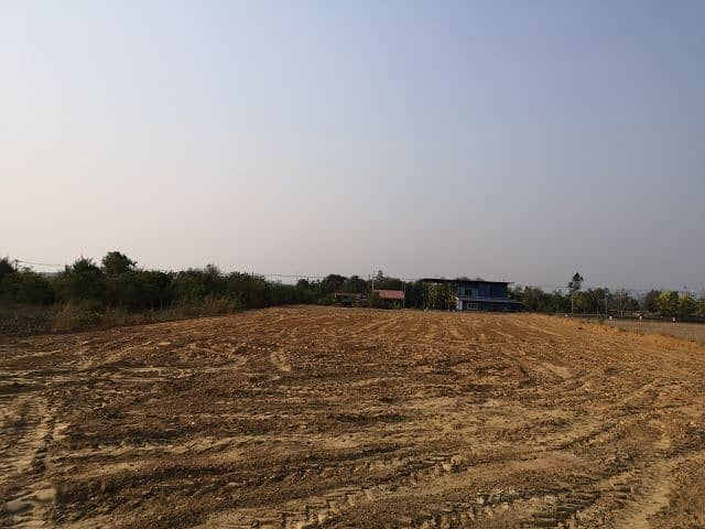 Land for sale in Bo Thong and beautiful.