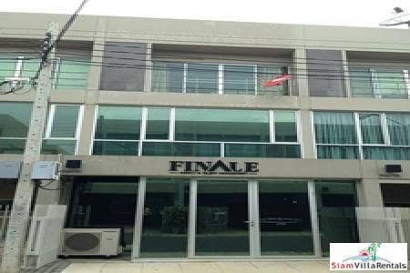 3 Bedroom Home for Sale in Suan Luang, Bangkok - Noble Cube Pattanakarn | Three bedroom town house, great investment.