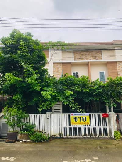4 Bedroom Townhouse for Sale in Lam Luk Ka, Pathumthani - Townhouse for sale, The First Home, Lam Luk Ka Khlong 3, 24 sq m, width 6 meters, fully furnished.