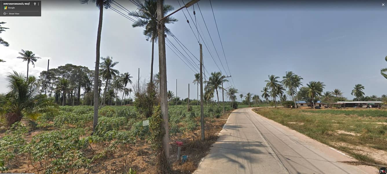 Land for rent Cheap price, area near the new intersection Near the Laem Chabang Sahapat network motorway