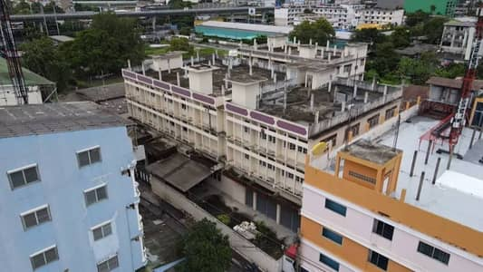 Selling a building near the main train, Songkhla, 120 m.