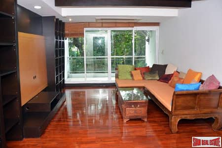 2 Bedroom Condo for Rent in Bang Rak, Bangkok - Supreme Elegance   Beautiful 2 Bed Condo with Big Balcony for Rent in Low-Rise Boutique Building at Nanglinchi Road, Sathorn