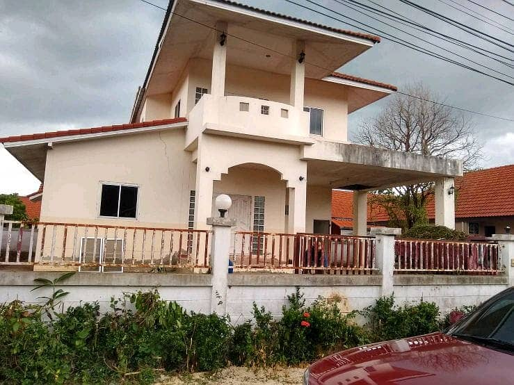 Two-storey house, large, luxury style, with land 100 sq m.