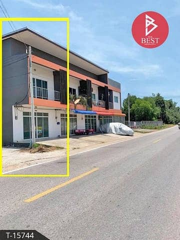 2 Bedroom Townhouse for Sale in Singhanakhon, Songkhla - New townhome for sale behind the corner of Kritakan Singhanakhon, Songkhla