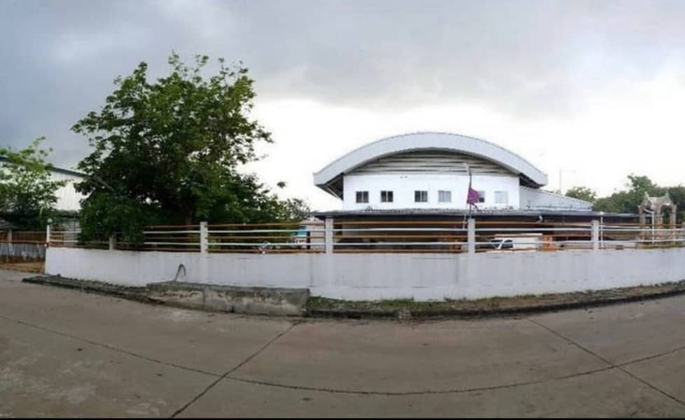 Factory for sale with land in Khlong Udom Subdistrict, Mueang District