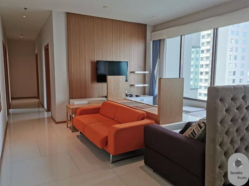 P17CR1907011 The Emporio Place 3 bed 3 bath 161.87 sqm 21 MB