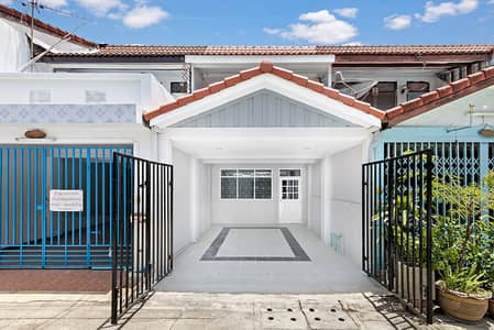 2 Bedroom Townhouse for Sale in Mueang Nonthaburi, Nonthaburi - refurbished second hand house Two-storey townhouse, Soi Rewadee 57, Intersection 8, near the market.