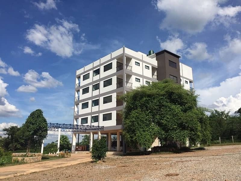 Newly built hotel for sale at Pak Chong Khao Yai, with 7 floors 787 sq m. Near Khao Kan intersection.