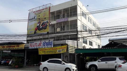 Commercial Building for Rent in Mueang Pathum Thani, Pathumthani - For rent, aka commercial, at Saphan Daeng Khlong 1.