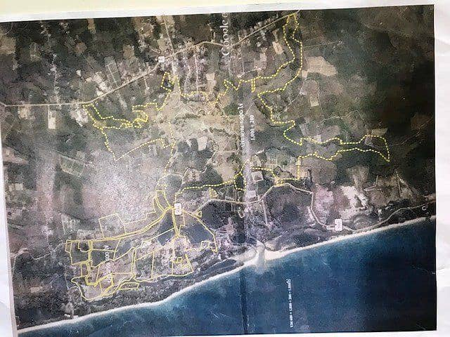 Land for sale in Phang Nga Province, very good location, with a long sandy beach of 1.1 km.