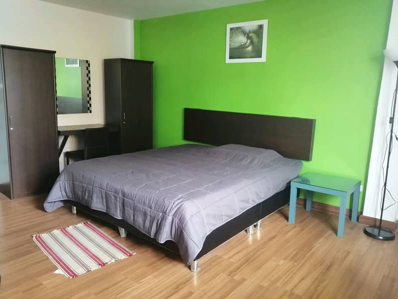 Monthly accommodation service near Don Mueang Airport Yes, traveling time 10-15 minutes. Located in Soi Don District Office.