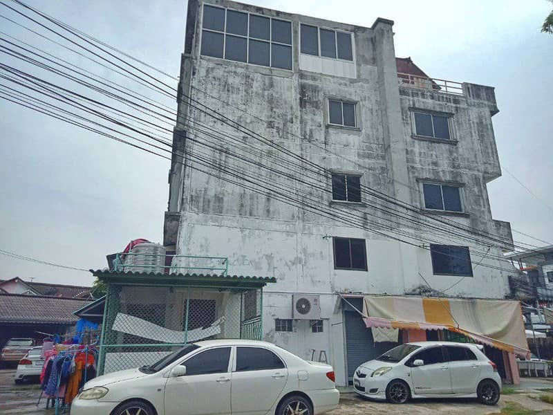 Commercial building, 4.5 floors, 34 sq m. , Prime location, Chang