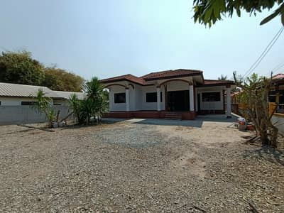 3 Bedroom Home for Sale in Mueang Udon Thani, Udonthani - Quick sale, one-story detached house bypassing the city of Udon, 243 sq wa, very spacious.