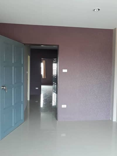 Commercial Building for Rent in Mueang Rayong, Rayong - Sell and rent commercial buildings next to concrete road, next to line 36, Thap Ma intersection.