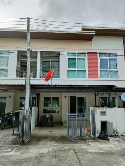 2 Bedroom Townhouse for Rent in Mueang Chiang Mai, Chiangmai - Townhouse for rent, Hai Ya-Pa Daet, near airport and Chiang Mai old town