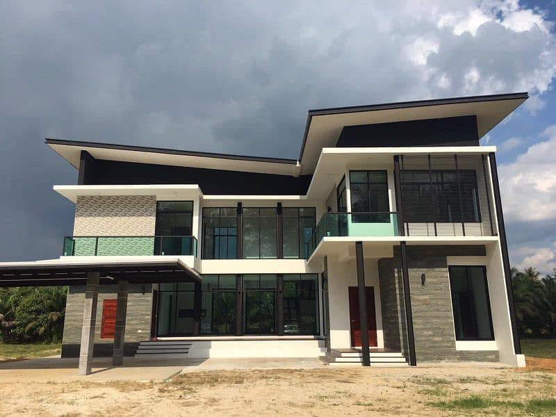 Quick sale, new house, modern, new hand. Facing the sea