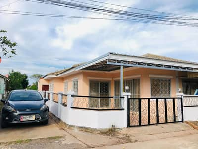 2 Bedroom Townhouse for Sale in Mueang Udon Thani, Udonthani - Townhouse behind the corner Prantong Village, Udon Thani Province