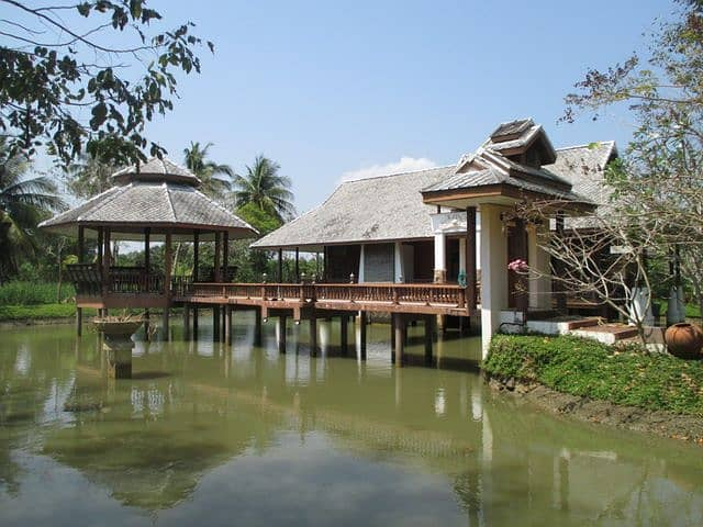 3-2 Houses in an orchard with 4 rai of land, Amphawa district, Samut Songkhram