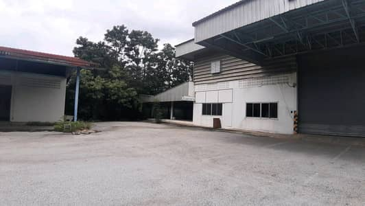Office for Rent in Bang Khla, Chachoengsao - Warehouse for rent or sale Next to Road No. 304 Bang Khla, Chachoengsao