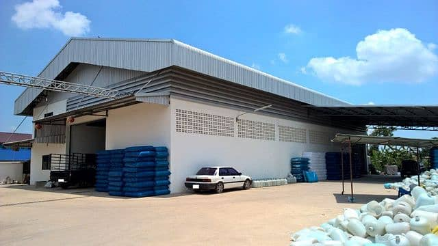 Urgent sale, blow-molding factory with certificate, new condition, Chachoengsao zone, very good location
