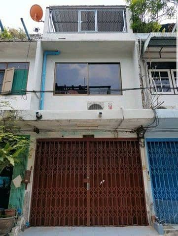 Shophouse for sale, 3-storey commercial building, Soi Charoenkrung 93, size 11 sq m, opposite Asiatique, suitable for housing, office and warehouse.