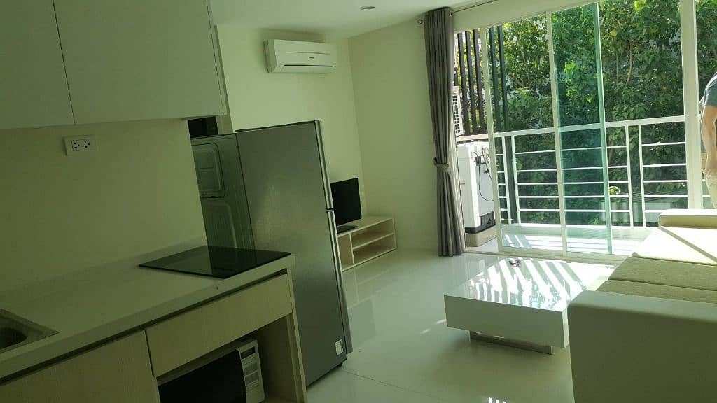 Condo for sale Elements Srinakarin (Elements Srinakarin) is opposite the Seacon Square.