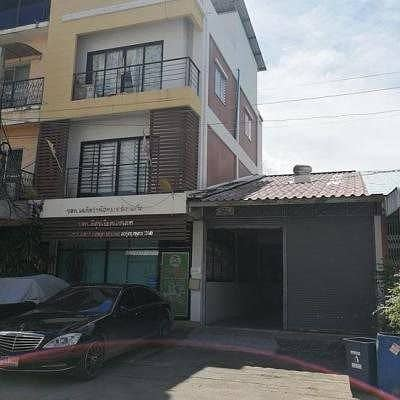 Office for Sale in Thung Khru, Bangkok - Office 3-storey office 70 sq m, 3-storey office, can park 4 cars, width 10 m, depth 30 m, 3-storey building, front size 5 x10 m.