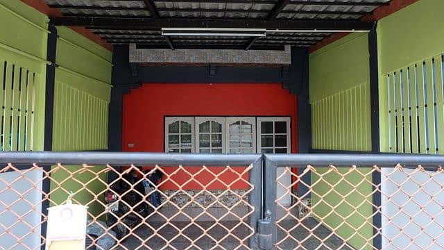 2-storey townhouse Newly decorated in Koh Pho market.