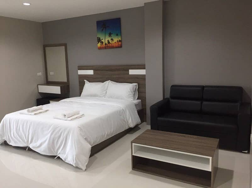 Apartment, daily - monthly, Bangna Km. 39, near Wellgrow Industrial Estate, fully furnished, free air-conditioned, free parking, fitness center, swimming pool.
