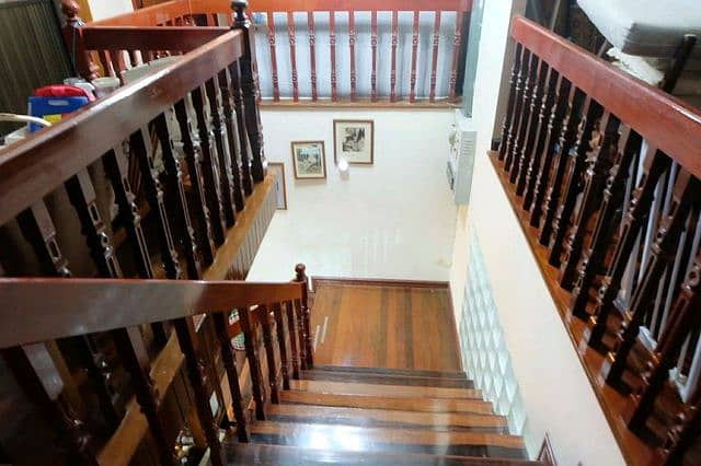 House for sale in Huay Kwang, good location
