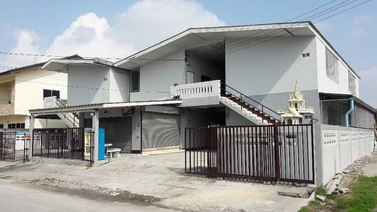 21 Bedroom Apartment for Sale in Phan Thong, Chonburi - 148 square wah dorms, 24 rooms, tenants more than 90 percent