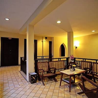 8 Bedroom Hotel for Sale in Mueang Chiang Mai, Chiangmai - For Sale - Hotel for rent in the heart of Chiang Mai. With a hotel license 45 million baht