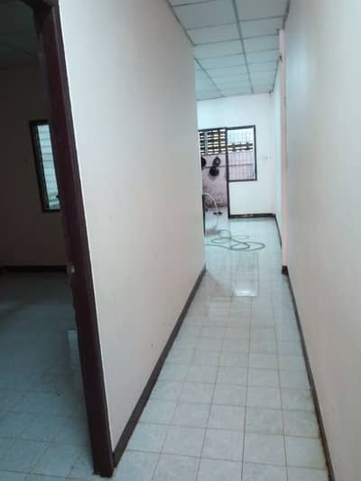 2 Bedroom Townhouse for Rent in Wang Noi, Ayutthaya - For rent 2 bedroom townhouse, market four right, near Rojana, IRC magnecomp, 27 sq. wa.