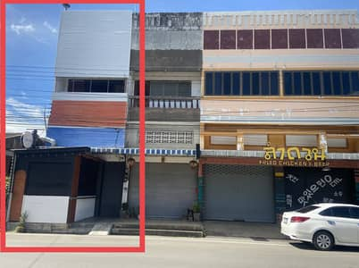 Commercial Building for Sale in Mueang Lampang, Lampang - 3-storey commercial building for sale, completely renovated, in a prime location in the city.