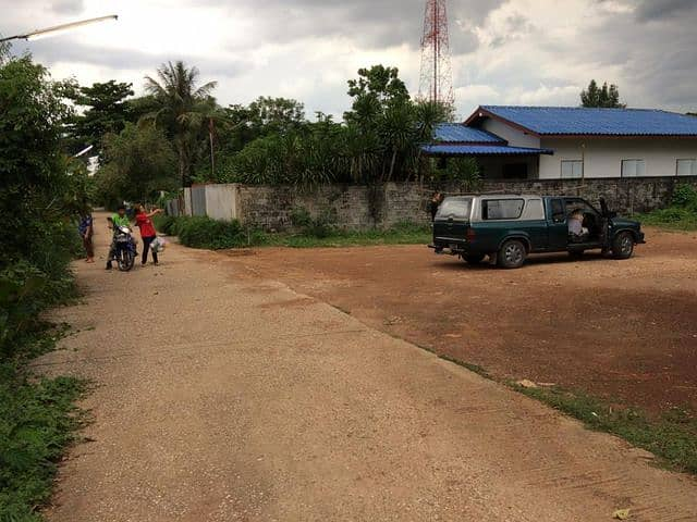 For rent 2 ngan of land in the center of Sa Kaeo market 3000 baht per month, interested contact Khun Bow 093-8987190
