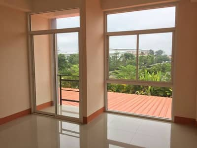 For sale, rent, townhouse, new building, hand 1, cheap