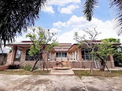 3 Bedroom Home for Rent in Ban Chang, Rayong - For rent, a large single house, 1 floor, area 1 rai, Ban Chang Subdistrict, Ban Chang District, Rayong Province, price 28,000 baht per month.