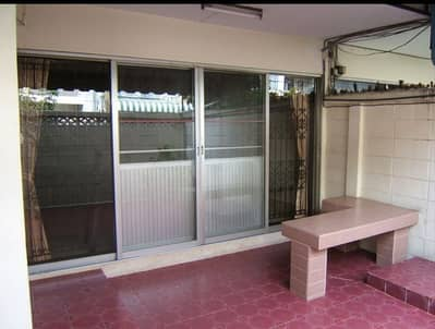4 Bedroom Townhouse for Sale in Phra Khanong, Bangkok - Townhouse for sale