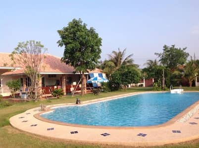 4 Bedroom Home for Sale in Phon, Khonkaen - House for sale with swimming pool on an area of 2 rai