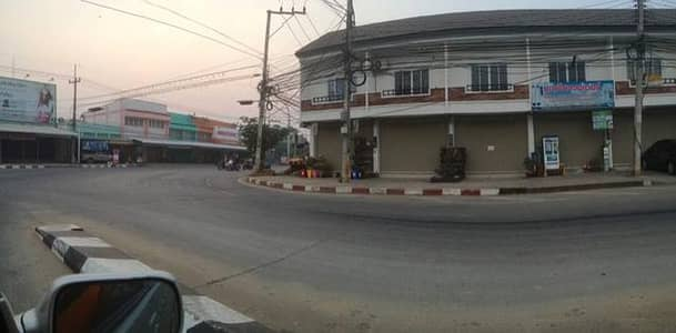 Commercial Building for Sale in Mueang Phichit, Phichit - 2 storey commercial building