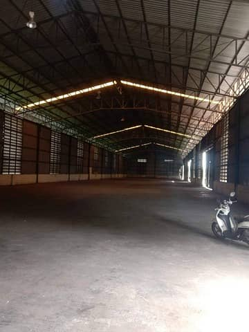 Factory for Rent in Wang Noi, Ayutthaya - Warehouse for rent with offices, Wang Noi area, Ayutthaya, standard warehouse, strong, floor load capacity 3 tons / sq m, enter the alley about 130 meters, can park 50 cars - 70 cars, 2 entrances and exits.