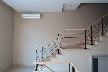 3 Bedroom Townhouse for Rent in Suan Luang, Bangkok - Townhome for rent, 3.5 floors, behind the corner, Pattanakarn area, Suan Luang district, Arden Pattanakarn, Soi Pattanakarn 20 Near Phatthanakan Expressway, near Thonglor, near On Nut
